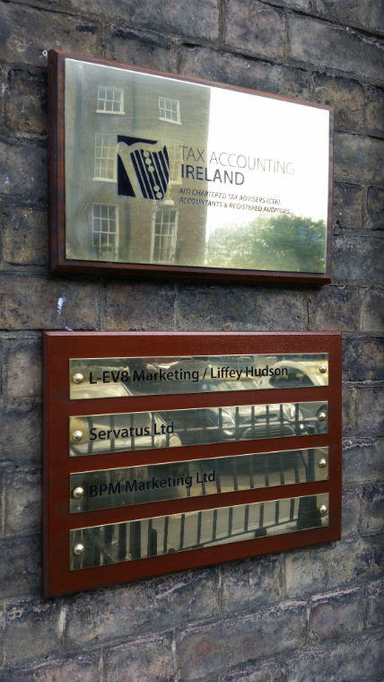 Stainless Steel Plaque with Wooden Mount