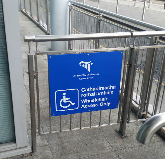 Safety Signs - Wheelchair Safety Signs - Signage Dublin's Four Courts